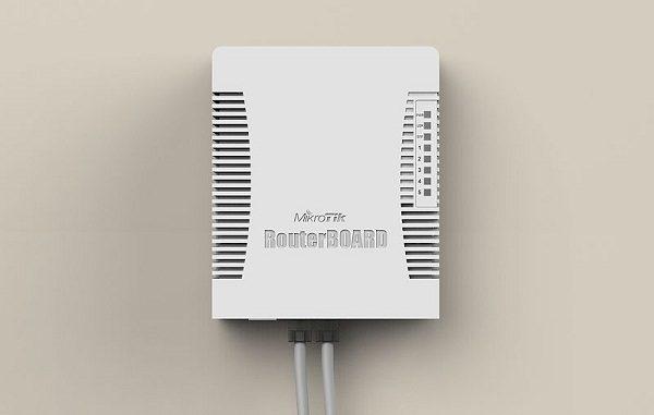 روتر میکروتیک hEX PoE lite پنج پورت poe مدل RB960PGS