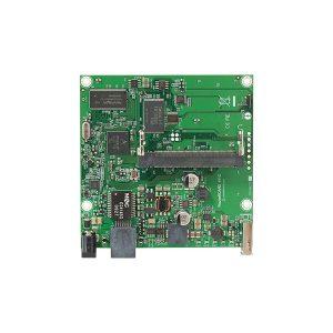 روتر برد دارای پورت سریال با اسلات miniPCI میکروتیک RB411